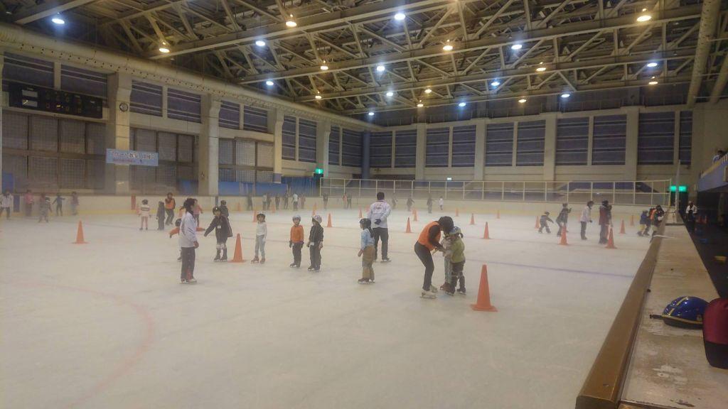 基礎スケート上越教室が開催されました! | リージョンプラザ ...